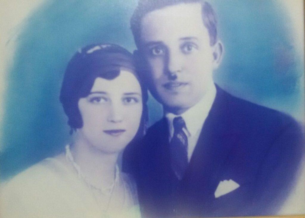 Feyzi Bey'in büyük oğlu Nami Bey ve eşi Nimet Hanım
